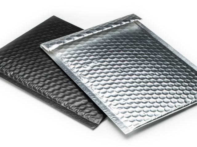 Metallic enveloppe molletonnée