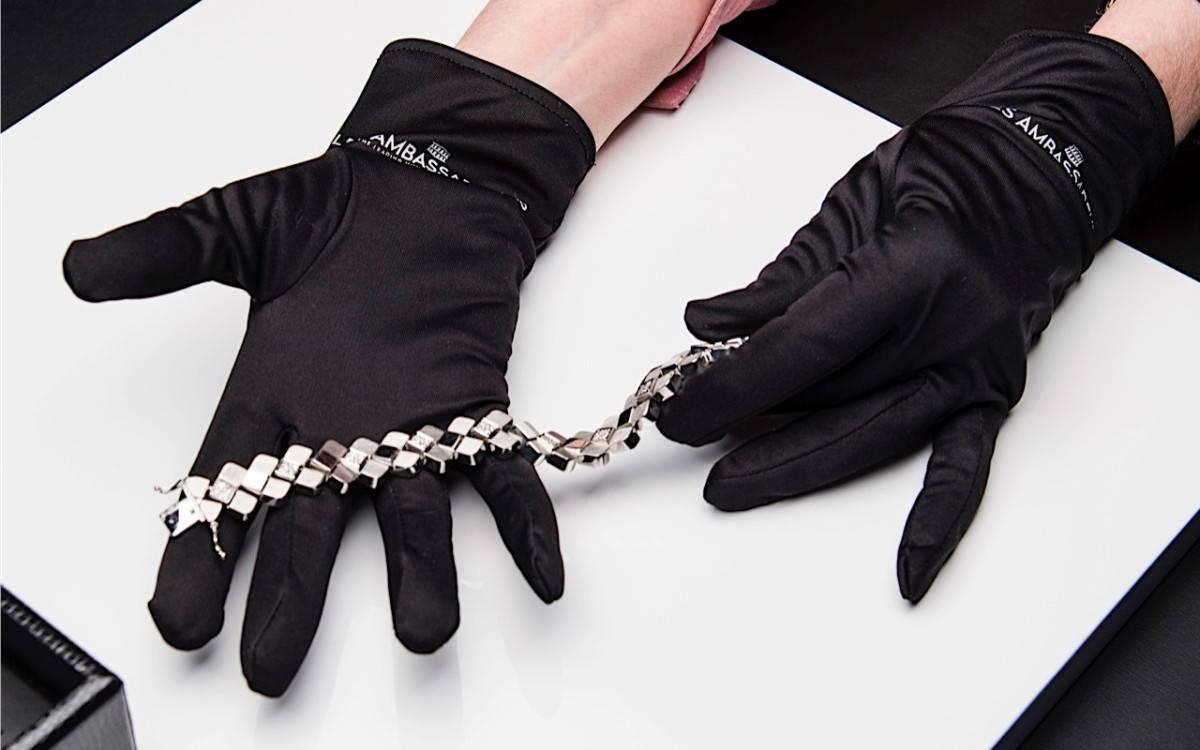 Handschuh Bijouterie